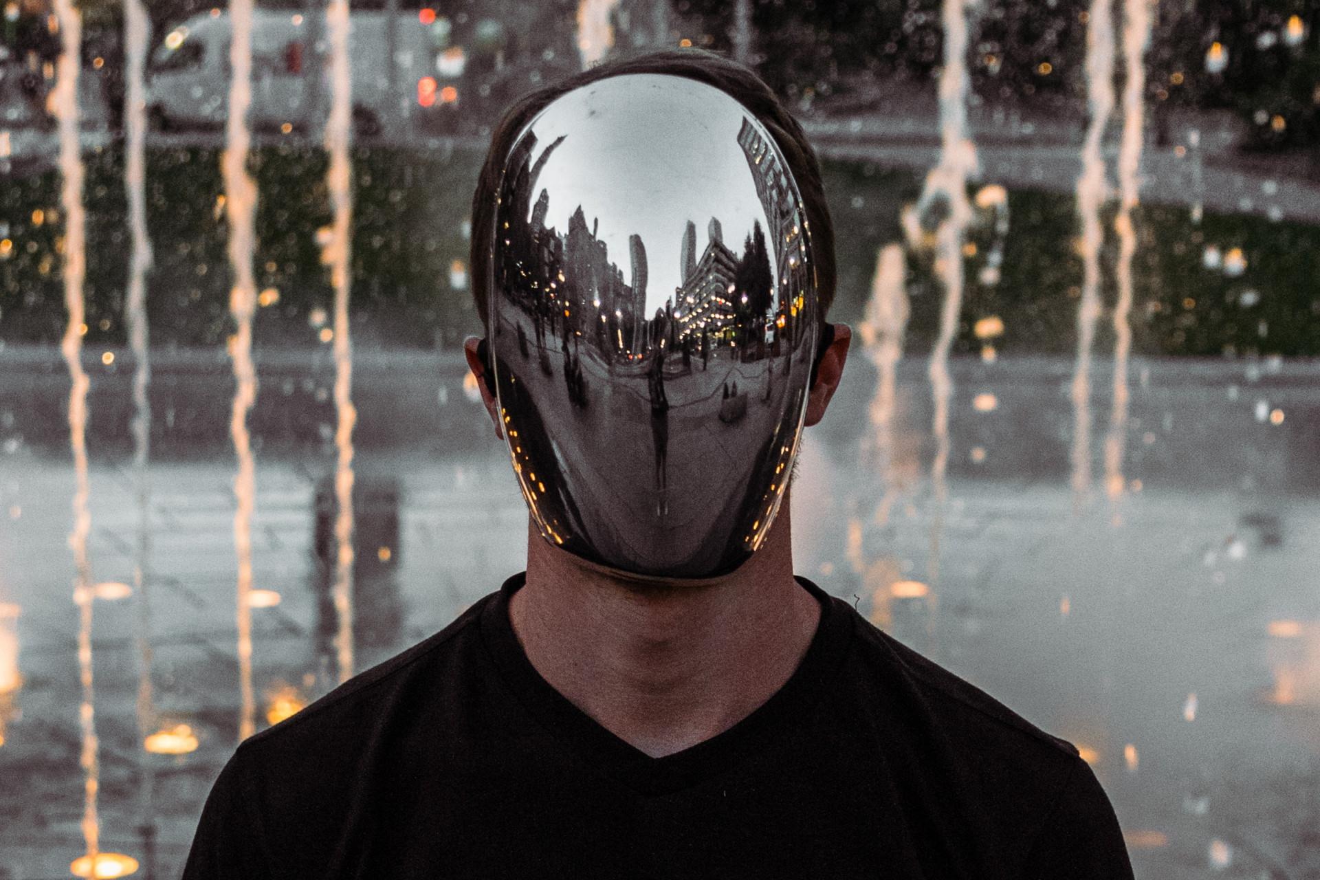 my words mad worlds effet miroir contenus